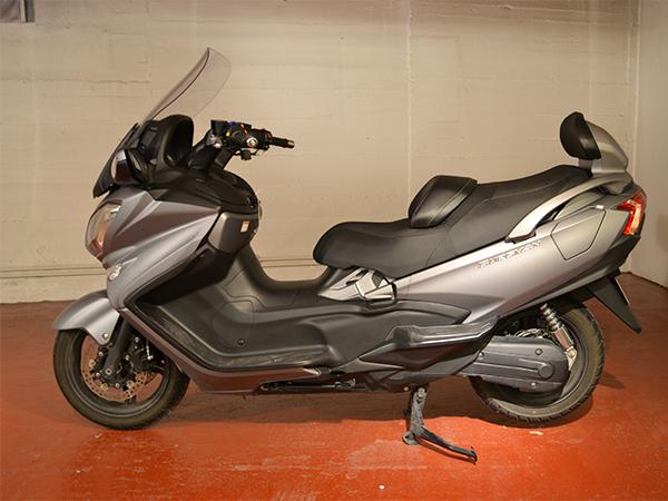 Suzuki - Burgman 650   6.900 €