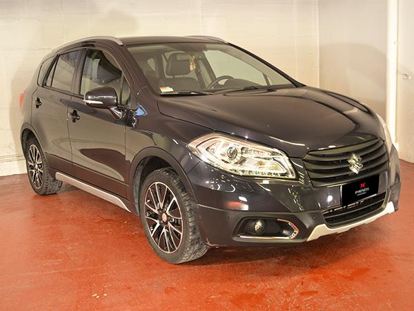 Suzuki - SX 4 - SX4 S-Cross   12.900 €