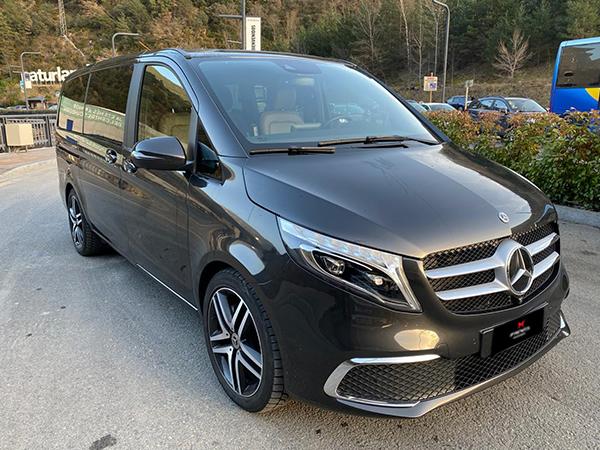 Mercedes-Benz - V - V300   59.500 €