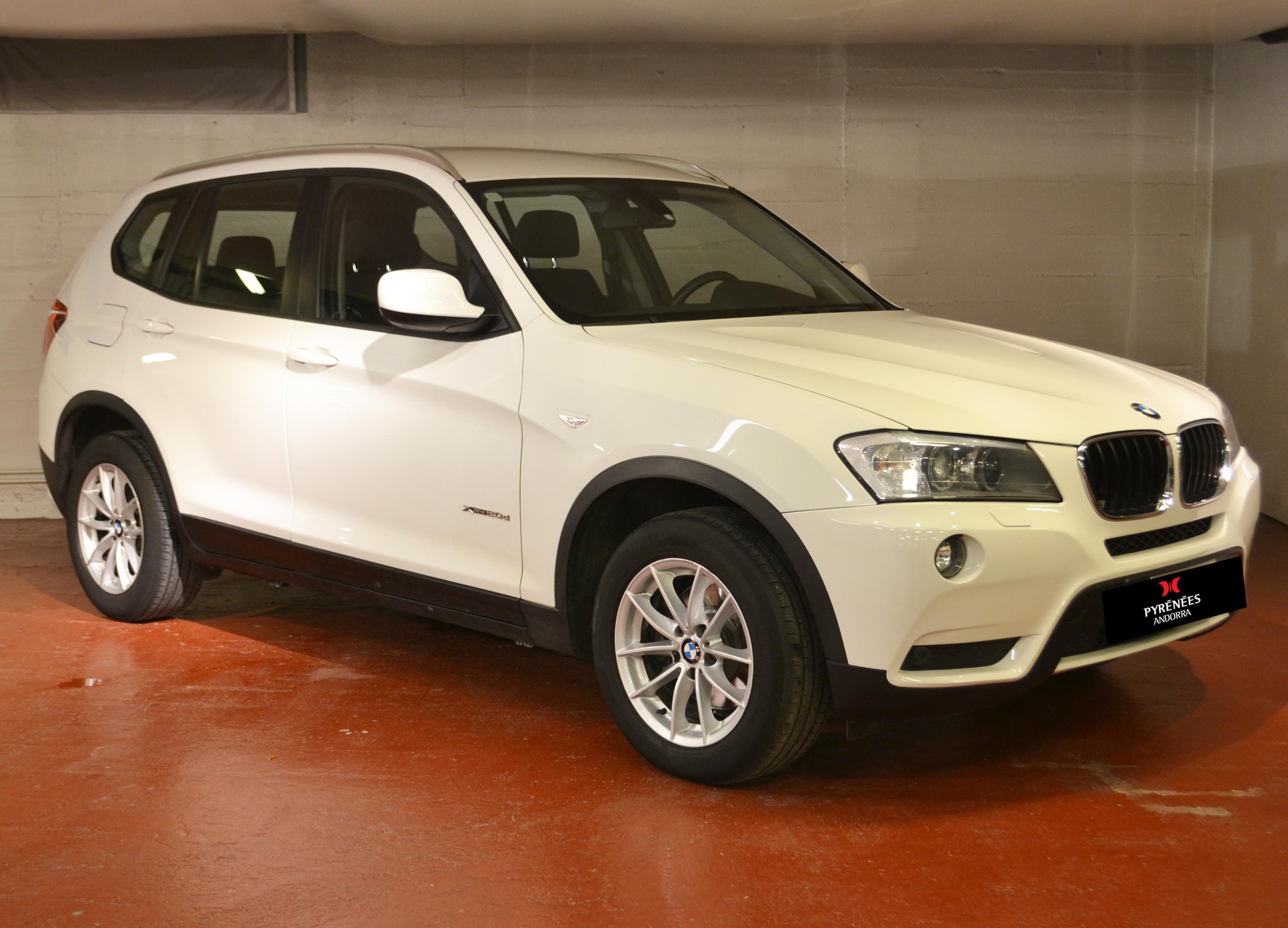 BMW - X3 - X3 xDrive 20D   15.900 €