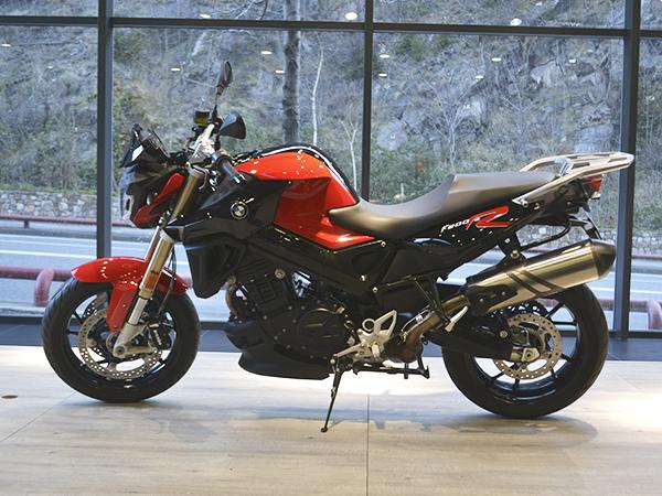 BMW - F 800 - F 800 R   6.800 €