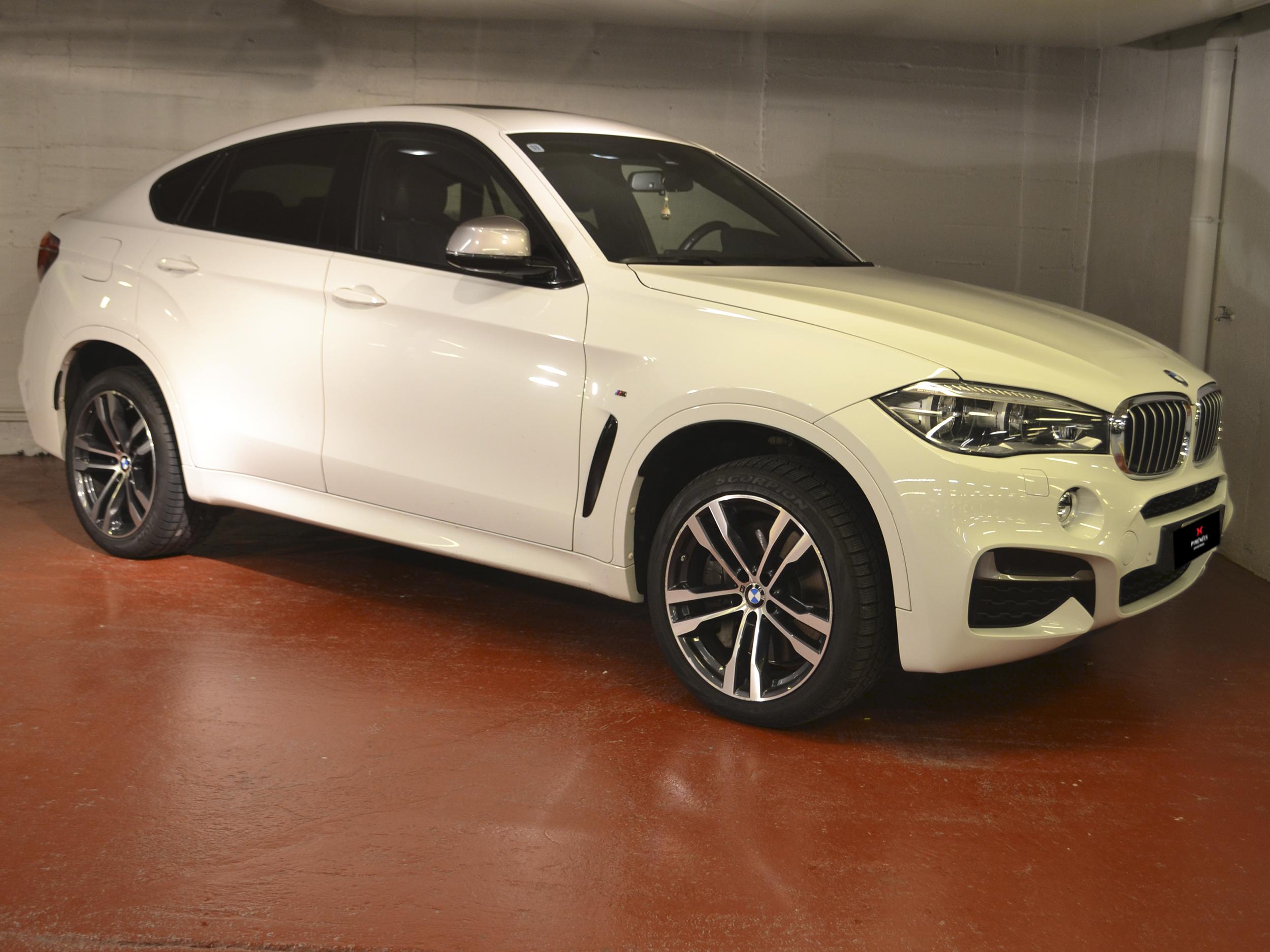 BMW - X6 M50d - X6 M50 D   44.900 €