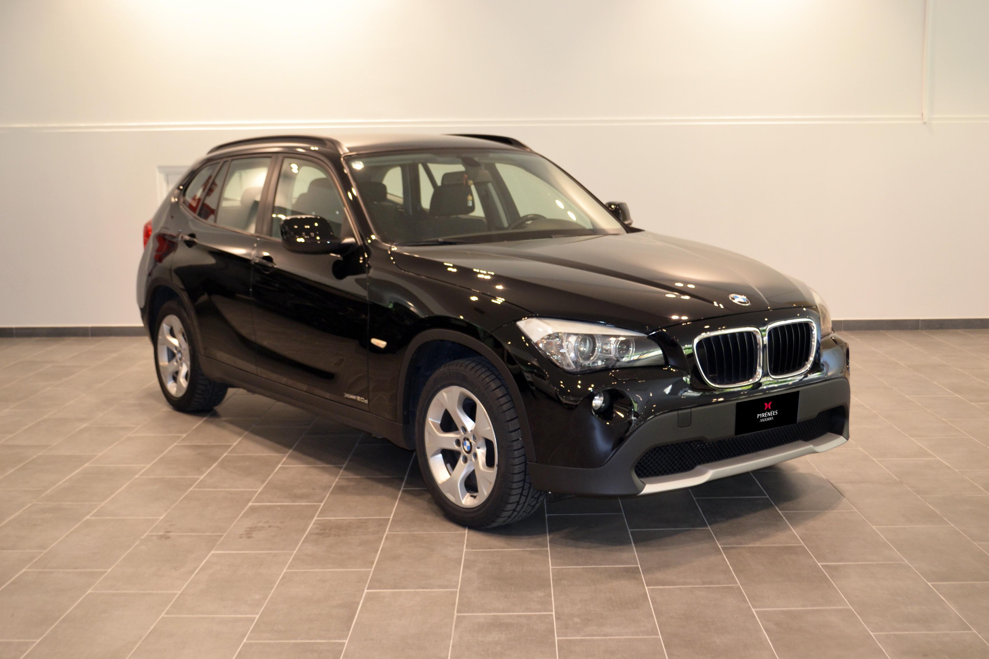 BMW - X1 - X1 Drive 20D   12.900 €