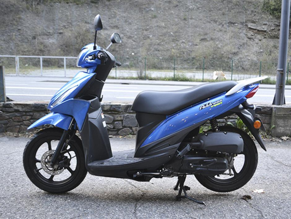 Suzuki - Addres Benzina  2017  15.000 Km