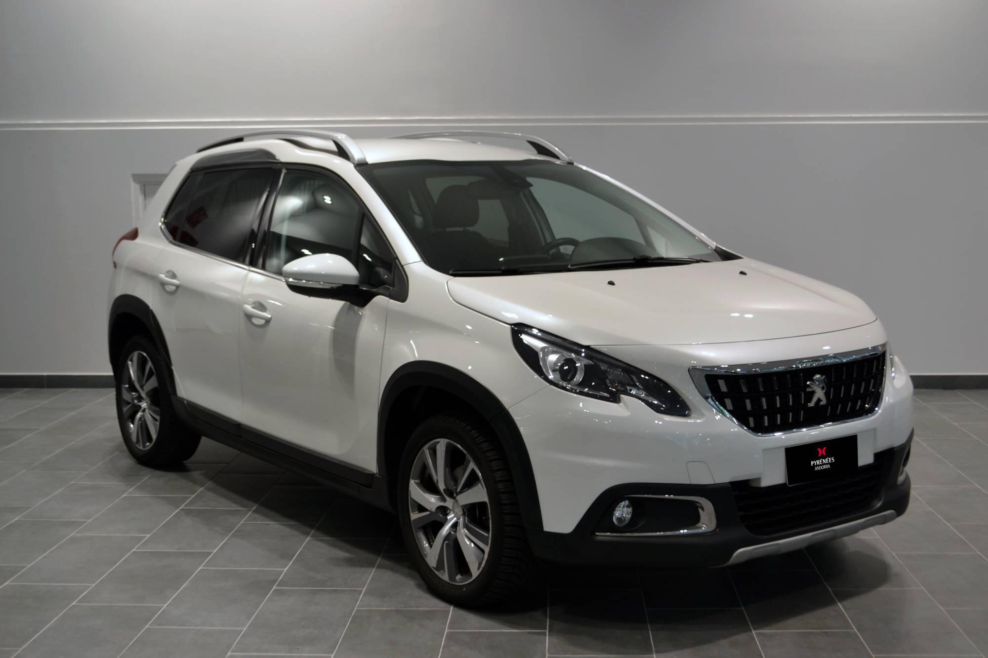 Peugeot - 2008 - 1.2 VTI 1.2 VTI Benzina  2017  43.680 Km
