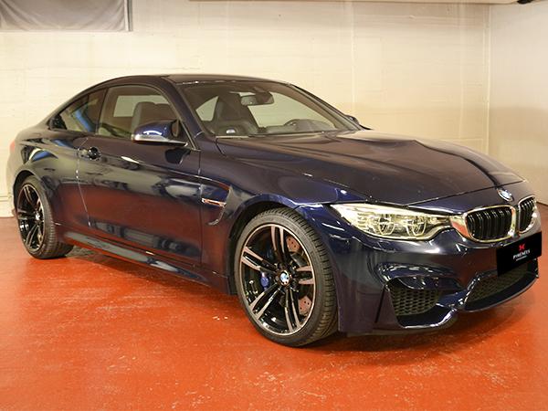 BMW - M4 Coupé   54.900 €
