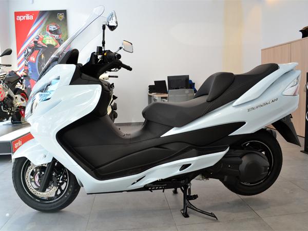 Suzuki - Burgman 400   A Consultar