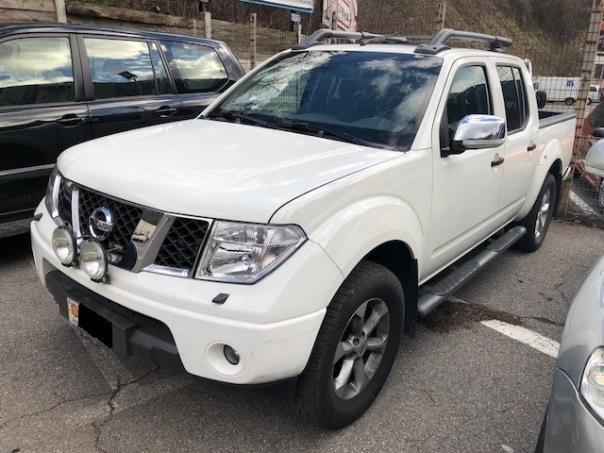 Nissan - Navara   10.900 €