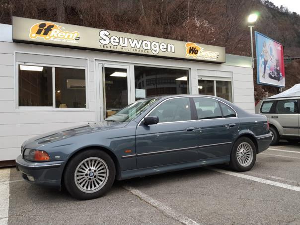 BMW - 530   3.900 €