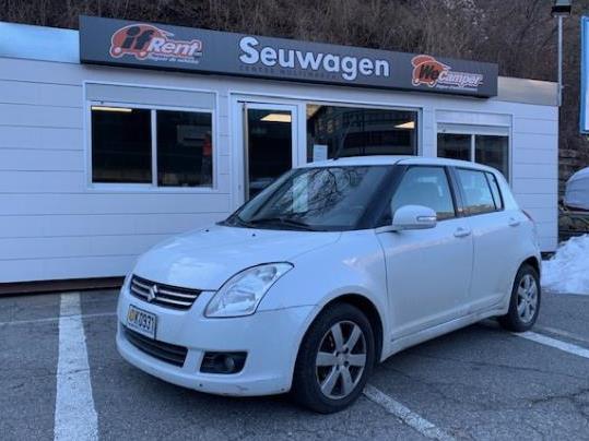 Suzuki - Swift   5.500 €