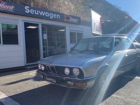 BMW - 525   4.900 €