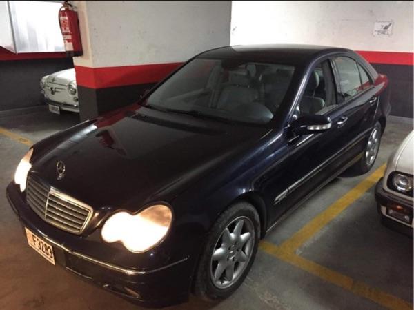 Mercedes-Benz - C 270   2.500 €
