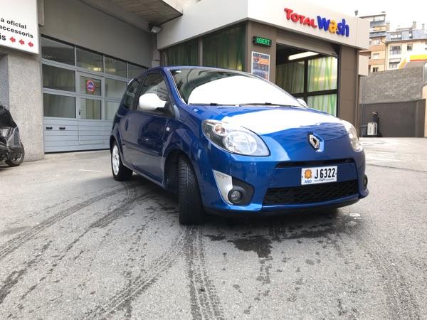 Renault - Twingo   4.500 €