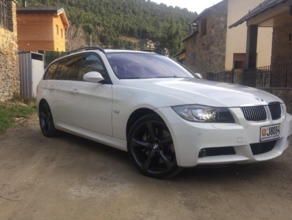 BMW - 335   15.000 €