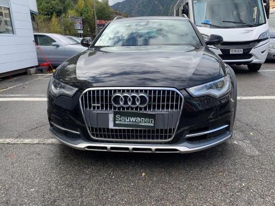 Audi - Allroad   A Consultar