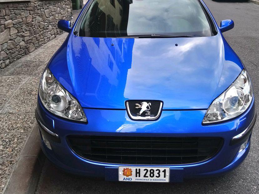 Peugeot - 407   5.500 €