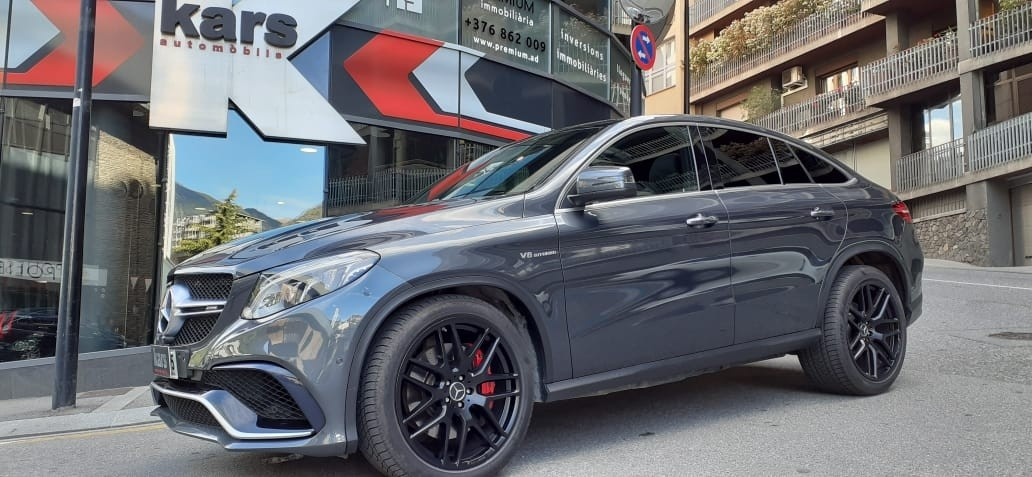Mercedes-Benz - ML 63 AMG   65.900 €