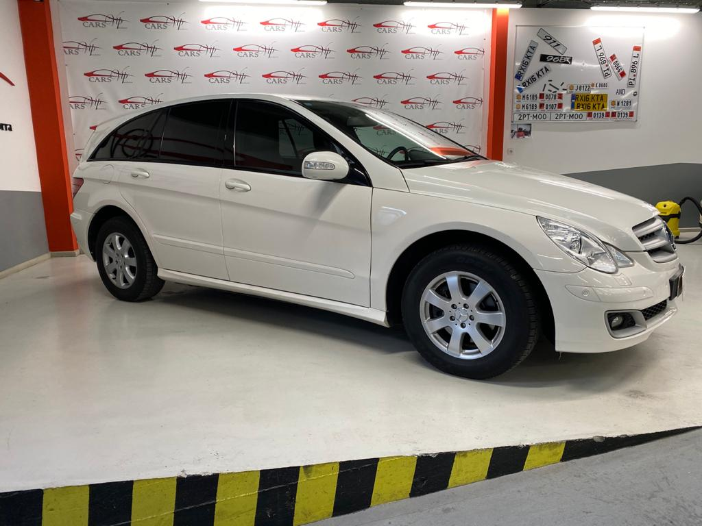 Mercedes-Benz - R 320 - R320 CDI 4MATIC R320 CDI 4MATIC Dièsel  2006  233.000 Km