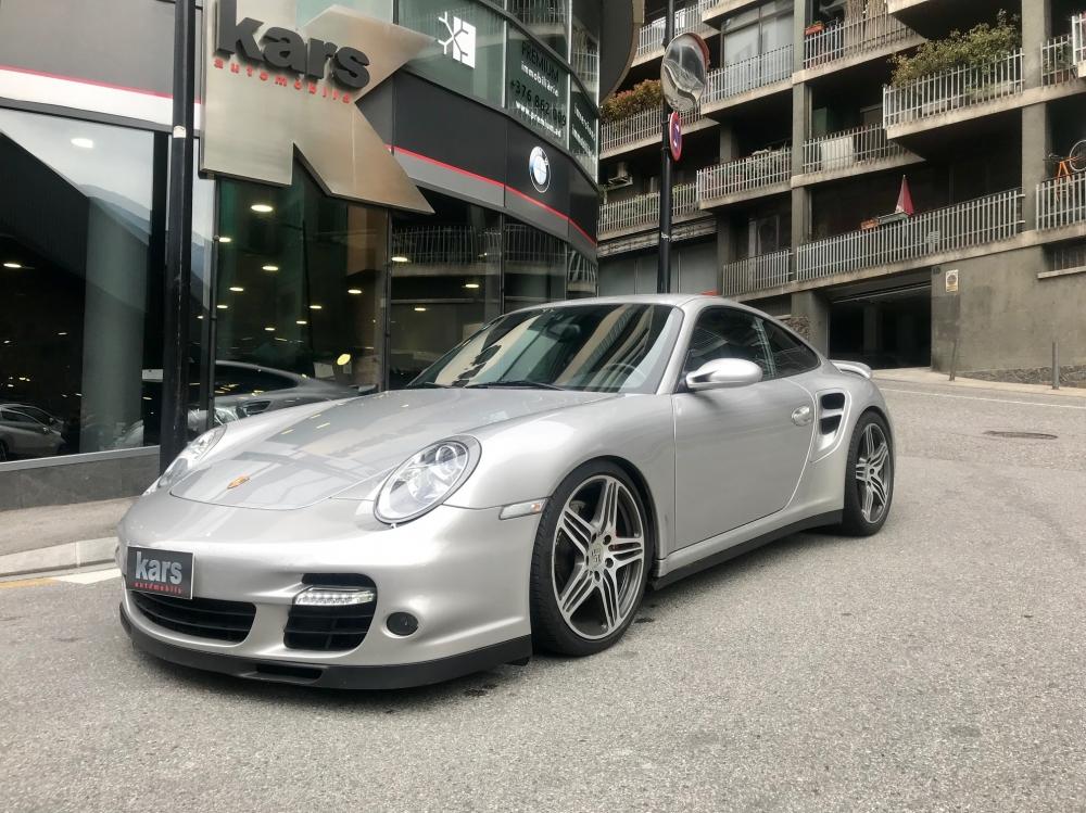 Porsche - 911   55.997 €