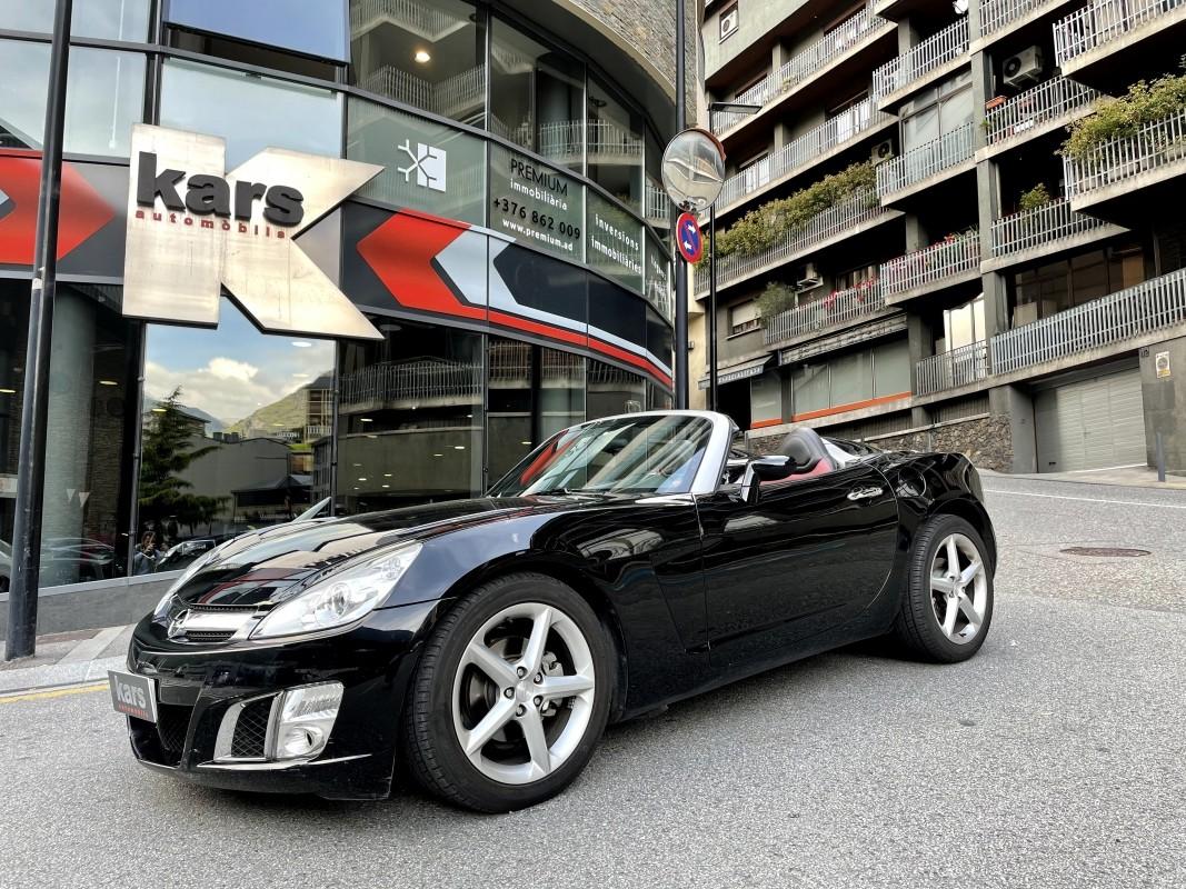 Opel - GT - ROADSTER 2.0 TURBO 264CV   12.900 €
