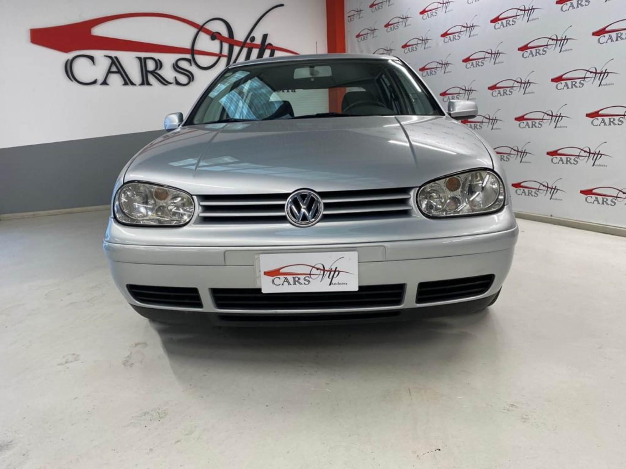 Volkswagen - Golf - 1.9 TDI   6.250 €