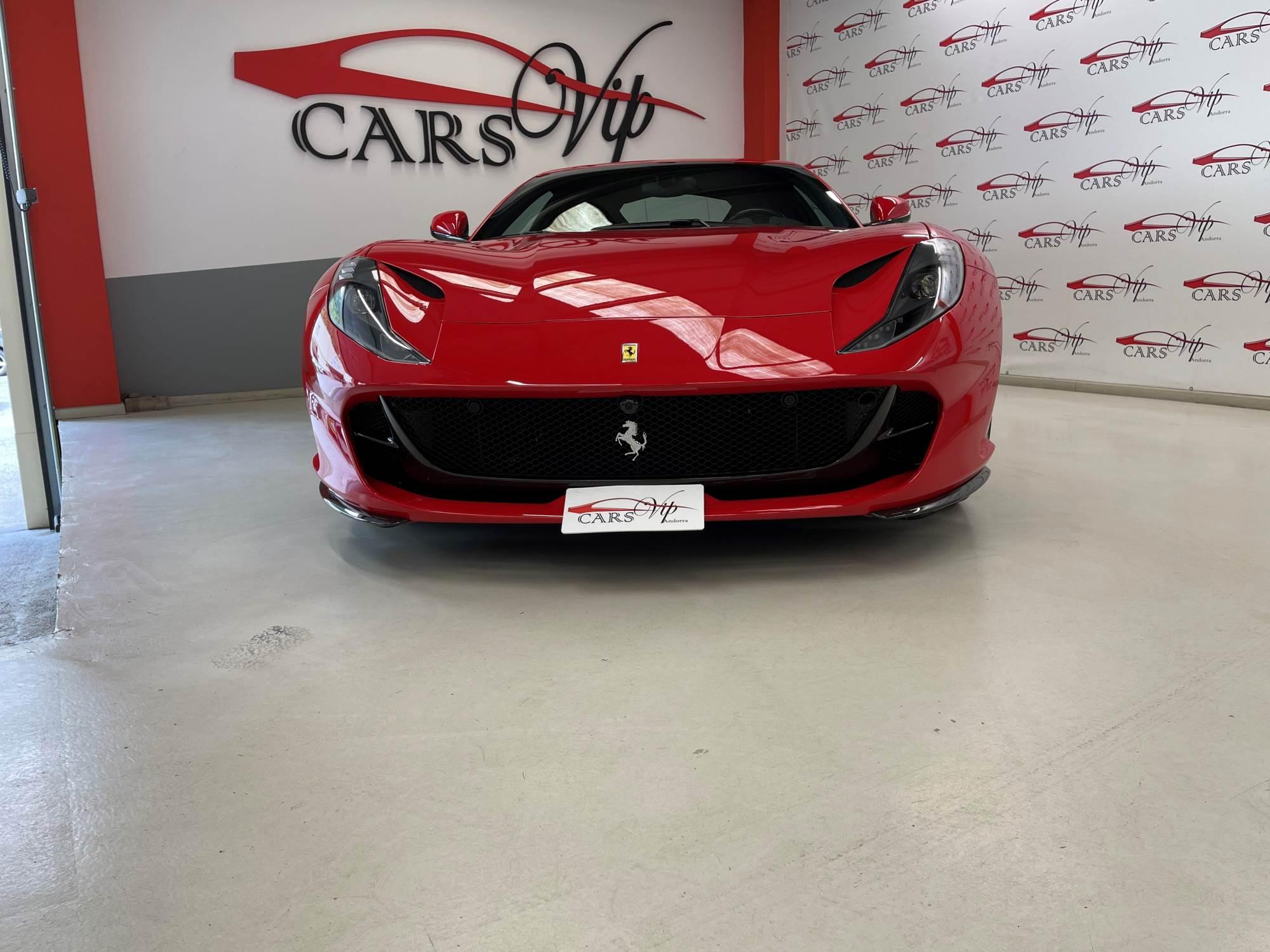 Ferrari - 812 - SUPERFAST SUPERFAST Benzina  2018  5.350 Km