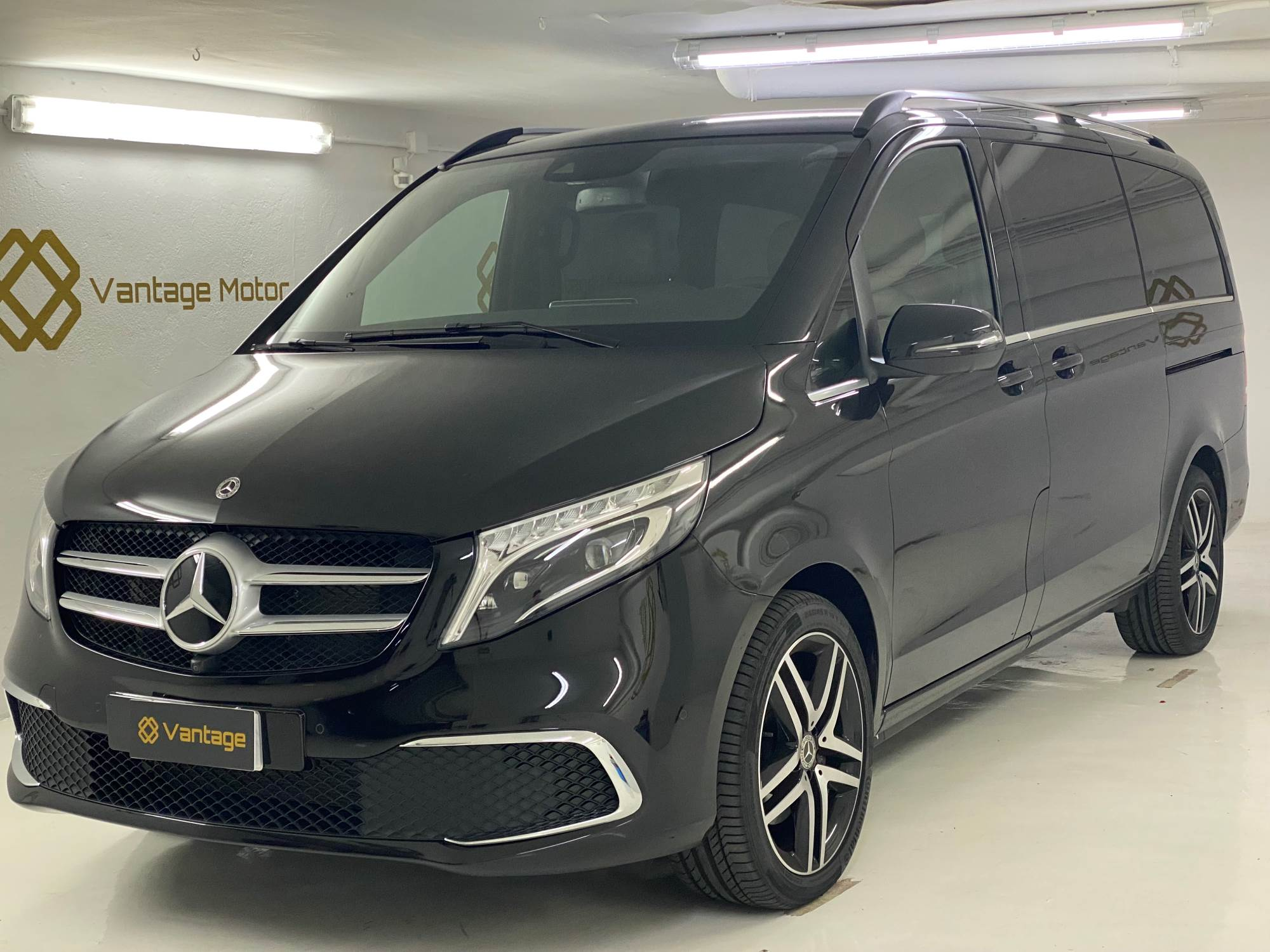 Mercedes-Benz - V 300 D 4MATIC LARGO  Dièsel  2020  4.700 Km